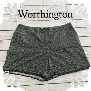 Worthington Black & White Shorts Size 18